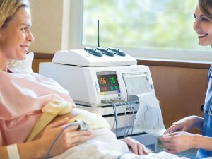 на каком сроке беременности определяют сердцебиение плода